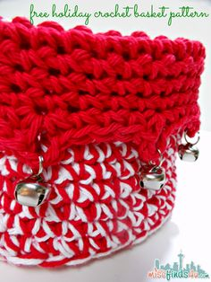 Free Holiday Crochet Patterns: Jingle Bells Basket