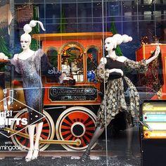 """BLOOMINGDALES, 59th Street, New York, """"The Bloomingdales Express"""", photo by Vitrines NYC, pinned by Ton van der Veer Christmas Displays, Christmas Train, Visual Display, Shop Window Displays, Visual Merchandising, Display Ideas, Nyc, Windows, York"""