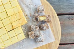 Keto lamington bites (chocolate) - Thermo Foodie and The Chef Cheesecake Brownies, Cheesecake Fat Bombs, Lemon Cheesecake, Key Lime, Sin Gluten, Low Carb Keto, Low Carb Recipes, Free Recipes, Ketogenic Diet
