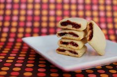 This looks like a better version of the homemade fig newton... I just bought some fresh figs!