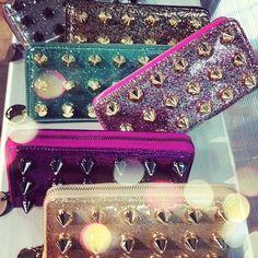2267b69c4557 discount Designer handbags wholesale · wholesale coach sling bags