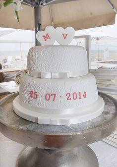 Wow! Simpel en prachtig #bruidstaart #weddingcake Wedding Decorations, Wedding Ideas, Vanilla Cake, Cake Decorating, Diy And Crafts, Wedding Cakes, Dream Wedding, Marriage, Cupcakes