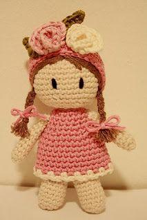 Galna i Garn: Aprils månadsblomma - Luktärten [per previous pinner] Amigurumi Patterns, Amigurumi Doll, Doll Patterns, Crochet Patterns, Love Crochet, Crochet For Kids, Crochet Baby, Knit Crochet, Knitted Dolls