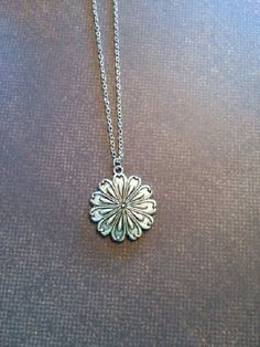 Necklace - Necklaces - Jewelry - Pendants - Round Pendant - Silver Jewelry - Gold Jewelry - Gold and Silver Jewelry - Vintage Jewelry