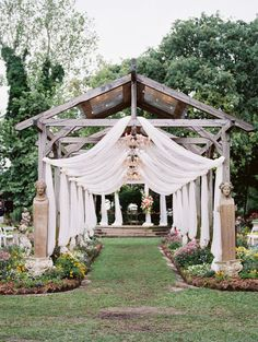 Becoming Mr and Mrs at the gorgeous Elmwood Gardens   Wedding Venues