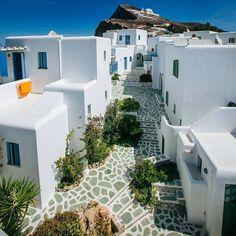 An all white street in Folegandros island!