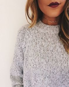 thing gold choker + dark lipstick