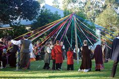Maypole Dance at wedding.    From Kjirsten& Bruces medieval pagan handfasting vow renewal | Offbeat Bride
