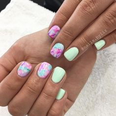 "210 Likes, 7 Comments - Liz Henson (@nails.byliz) on Instagram: ""More watercolor and this mint! . . . . #nails #gelnails #naturalnails #watercolornails…"""