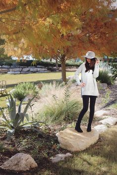 Grey floppy hat outfit inspiration. Start with a neutral base, then add color with accessories or a scarf!