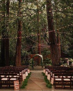 Cozy Wedding, Wedding In The Woods, Woodland Wedding, Perfect Wedding, Fall Wedding, Rustic Wedding, Dream Wedding, Wedding Shoes, Wedding In Forest
