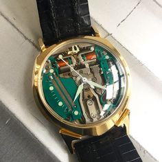 The first electronic watch with transistor: First sold in 1960 and accurate to a minute per month, the Bulova Accutron was considerably better than mechanical watches of that time. #Bulova #accutron #spaceview #alpha #vintage #steinermaastricht #maastricht