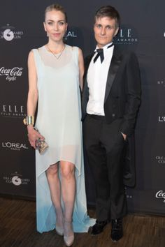 Den sorte løber - Eva Harlou og Thomas Troelsen Elle Style Awards, High Low, Dresses, Fashion, Vestidos, Moda, Fashion Styles, Dress, Fashion Illustrations