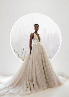 ANDREA IYAMAH 2018 Bridal Collection - Aisle Perfect