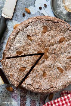 Torta Caprese Recipe (Italian Flourless Chocolate Cake) Flowerless Chocolate Cake, Chocolate Almond Cake, Italian Chocolate, Flourless Chocolate, Chocolate Cakes, Italian Cake, Italian Desserts, Just Desserts, Italian Recipes