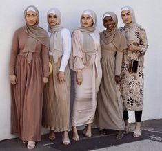 Welcome to Hijab House. Modern, fast fashion hijab retailer with new, unique, exclusively designed pieces arriving each week. Modest Outfits Muslim, Modest Fashion Hijab, Modern Hijab Fashion, Eid Outfits, Hijab Fashion Inspiration, Islamic Fashion, Muslim Fashion, Modest Dresses, Fashion Outfits