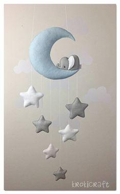 Sleepy elephant Moon and stars decor/baby mobile Schläfrig Elefant Mond und Sterne Dekor/Baby mobile Star Nursery, Baby Nursery Decor, Baby Decor, Elephant Nursery Decor, Baby Mobile Felt, Felt Baby, Baby Mobiles Diy, Crib Mobiles, Elephant Mobile