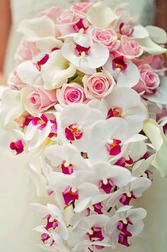 It is so important to give thought what type of wedding bouquet you are going to have for your big day. It is an essential element of your bridal ensemble. Here are 20 amazingly beautiful wedding bouquet ideas for you to get inspired! Cascading Wedding Bouquets, Bride Bouquets, Bridal Flowers, Bouquet Wedding, Bridesmaid Bouquet, Wedding Dresses, Mod Wedding, Floral Wedding, Wedding Bride