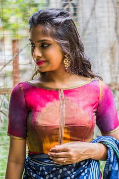 Buy House Of Blouse Multicolour Ikat boat neck blouse with gota lace detailing online in India at best price. This multi-hued Ikat blouse with golden Brocade Blouse Designs, Saree Blouse Neck Designs, Saree Blouse Patterns, Fancy Blouse Designs, House Of Blouse, Stylish Blouse Design, Indian Designer Wear, Blouse Styles, Boat Neck Kurti