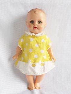 Vintage Vinyl Baby Doll with Molded Hair Unmarked 13 Inches White Polka Dot Dress, Yellow Dress, Vinyl Dress, New Dolls, Little Doll, Dollhouse Dolls, 50s Dresses, Vintage Yellow, Mellow Yellow