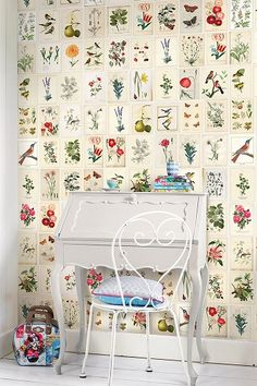 Botanical Paper Wall Power By Pip StudioColour Antique CreamThe Pip Studio Wild Flowerland wallpower features a s and will add a stylish touch to any home. Botanical Decor, Botanical Wallpaper, Botanical Prints, Pip Studio, Paper Wallpaper, Wall Wallpaper, Sweet Home, Wall Decor, Room Decor