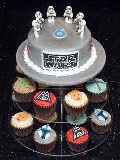 Star Wars Cake and Cupcakes by Mrs Mac's Creative Cakes, via Flickr