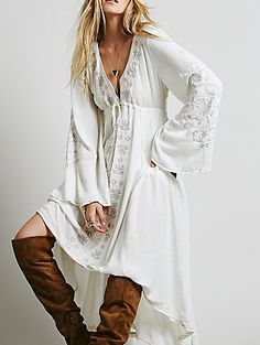White V Neck Bell Sleeve Embroidered High Low Dress 43.95
