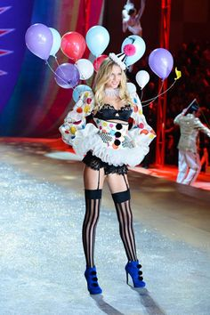 The Victoria's Secret Fashion Show 2012 - Toni Garrn