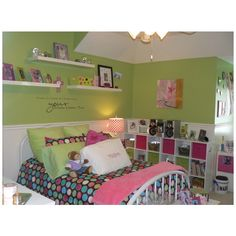 Itching to do her room!