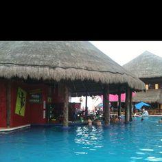 Costa maya! SR FROGS BEST PLACE EVERRRR (:
