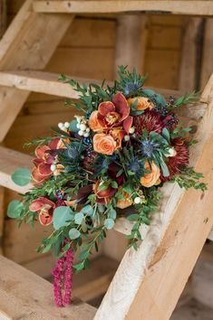 Cascading autumnal bouquet | Photo by Rachel Peters