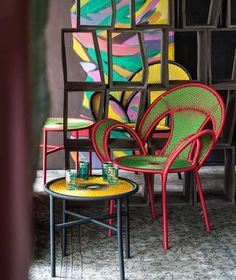 Shop dining room chairs and other antique and modern chairs and seating from the world's best furniture dealers. Cool Furniture, Furniture Design, Outdoor Furniture, Best Interior, Interior Design, Patterned Armchair, Piece A Vivre, Outdoor Chairs, Outdoor Decor