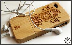 Kronex Bamboo Cases by Karoly Kiralyfalvi, via Behance
