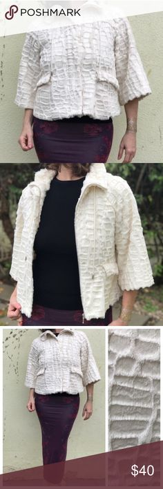 VINTAGE Faux FAUX coat Swing jacket waist sz M Adorable! Cream colored textured faux fur waist coat. Great condition! With charming 3/4 sleeves, it zips up and also has hook closures to cover up the ZIPPER. Front flat pockets, lined. Fits Medium nicely. So chic..! M9 Vintage Jackets & Coats Capes