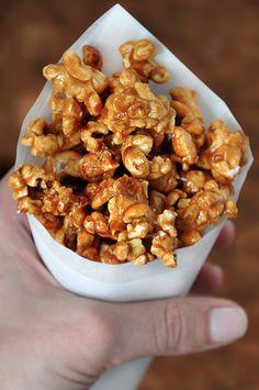 Easy Homemade Caramel Corn   recipe via justataste.com