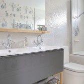 Modern white bathroom with mirror