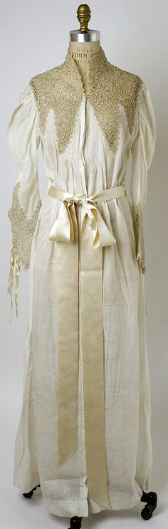 French cotton nightgown 1870's