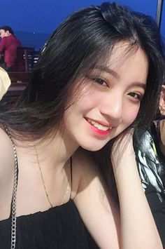 She is very beautiful❤❤❤ Korean Girl Photo, Cute Korean Girl, Girl Pictures, Girl Photos, Ideal Girl, Tumbrl Girls, Teen Girl Photography, Ulzzang Korean Girl, Uzzlang Girl