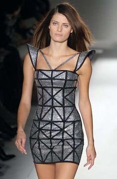 97 Gorgeous Geometric Fashions - From Grand Geometric Gowns to Spiked-Spine Smocks (CLUSTER)