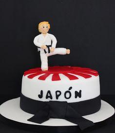 Tarta karateca.