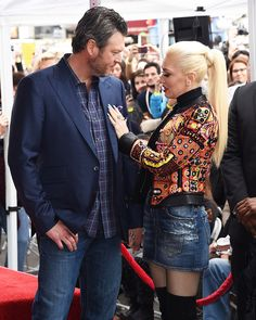 Blake Shelton and Gwen Stefani Adam Levine honored with star on The Hollywood Walk of Fame, Los Angeles, USA – 10 Feb 2017 Blake Shelton Gwen Stefani, Blake Shelton And Gwen, Gwen Stefani And Blake, Gwen Stefani Style, Hollywood Life, Hollywood Walk Of Fame, Hot Couples, Celebrity Couples, Gwen And Blake