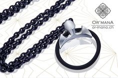 The RING GUARDIAN - attach you ring to this pendant to give it a propper hold. Looks so much better then tangeling it around your neck on a simle necklace. Fashion Bracelets, Pendant, Rings, Silver, Pendants, Ring, Silver Hair, Wire Wrapped Rings, Jewelry Rings