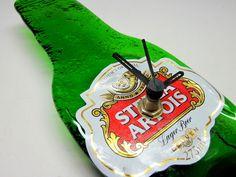 Relógio de Garrafa Pequena Stella Artois  Parede  verde  ponteiros pretos  8  x  15cm R$22,00