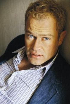neal mcdonough on Pinterest | Dum Dum Dugan, Band Of ...