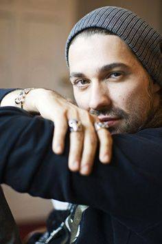 David Garrett hand in the foreground
