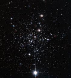 Palomar 12 --- Feb. 19 --- Image Credit: ESA/Hubble, NASA