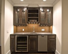 https://i.pinimg.com/236x/46/c2/e3/46c2e3bb86fa9db66c5549a1696dc029--wet-bar-designs-basement-bar-designs.jpg