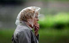 Old lady rain cap Rain Bonnet, Rain Cap, Rain Wedding, Raincoats For Women, Old Women, Trees To Plant, Photo And Video, Maid, June