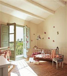Restaurada con maestría y delicadeza · ElMueble.com · Casas