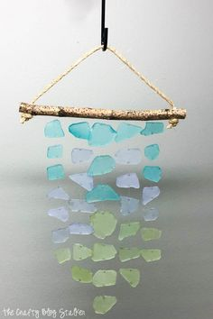 Decorate your home with a beautiful sea glass wind chime. This step by step tutorial will show you exactly what to do. Sea Glass Crafts, Sea Glass Art, Sea Art, Stained Glass, Wind Chimes Craft, Glass Wind Chimes, Mason Jar Crafts, Mason Jar Diy, Diy Garden Furniture